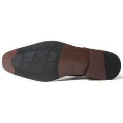 Elegant patent leather elevator shoes